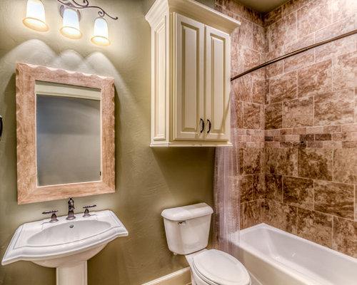 Oklahoma City Bathroom Design Ideas Renovations Photos With A Pedestal Sink