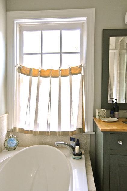Bathroom by Brenda Olde