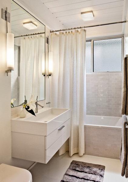 Midcentury Bathroom by Studio Schicketanz