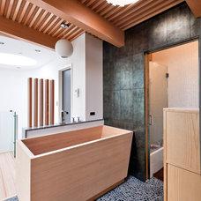 Contemporary Bathroom by Barker O'Donoghue Master Builders
