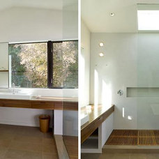 Modern Bathroom by Cary Bernstein Architect