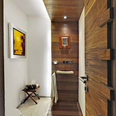 Modern Bathroom by Lopez Duplan Arquitectos