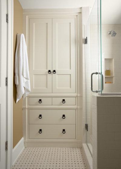 Traditional Bathroom by ROSEMARY MERRILL DESIGN