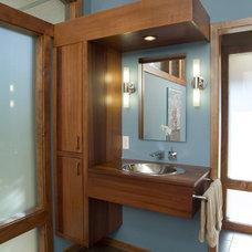 Modern Bathroom by DeBaar Design Group Inc