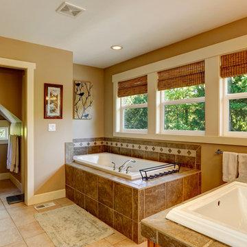 Cascade Windows - Single Hung Bathroom Windows