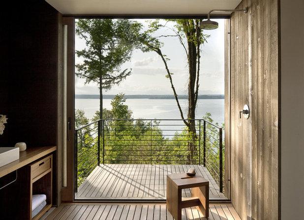 Модернизм Ванная комната by MW|Works Architecture+Design