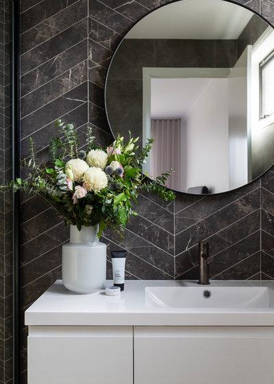 Modern Bathroom by Studio Black Interiors