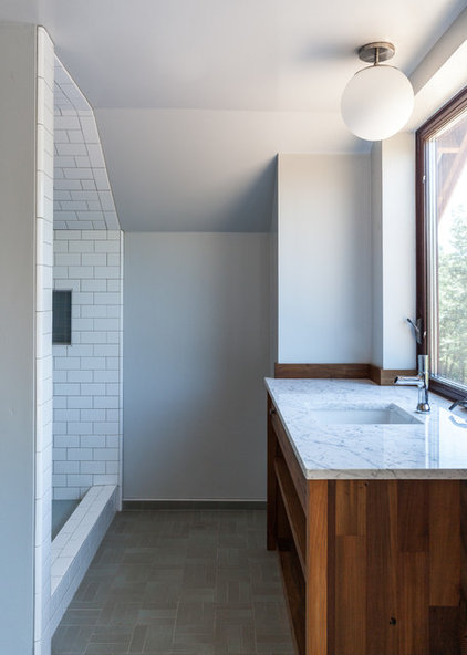 Houzz tour the goal a big impression but a small footprint for Small bathroom goals