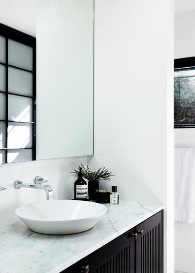 Contemporary Bathroom by Jeff Karskens Designer