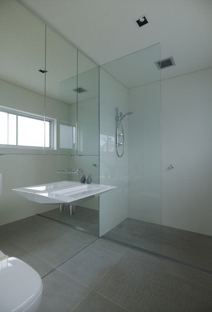 Contemporary Bathroom by Rudolfsson Alliker Associates Architects