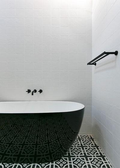 Contemporary Bathroom by Woods & Warner