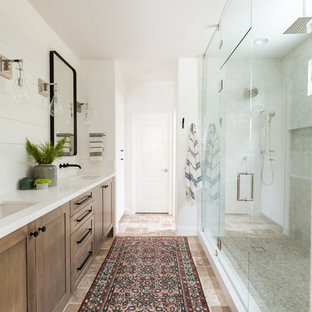 Catana Master Bathroom