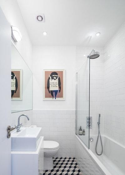13 schicke Badezimmer mit Metro-Fliesen