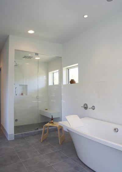Modern Bathroom by Webber + Studio, Architects