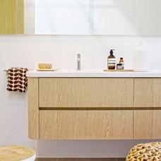 Traditional Bathroom by GIA Bathroom & Kitchen Renovations