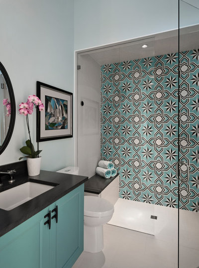 Fusion Bathroom by Jinx McDonald Interior Designs