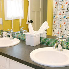 Bathroom by Green Apple Design