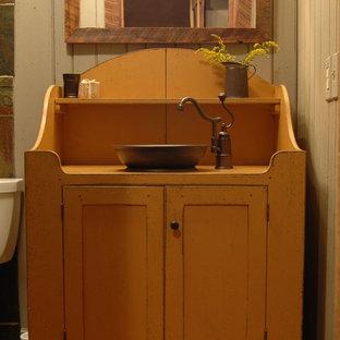ルイビルのエクレクティックスタイルのおしゃれな浴室の写真