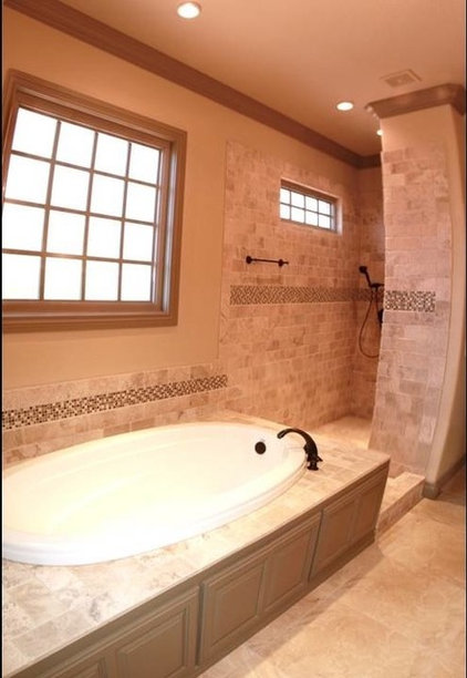 Contemporary Bathroom by Homes of Distinction, Inc.