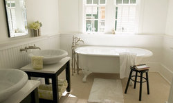 Charming Southern Bathroom with Clawfoot Tub