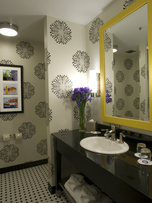 Bold pattern wallpaper home design ideas pictures for Bathroom decor houston