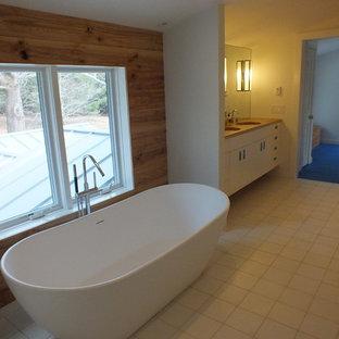 Foton och badrumsinspiration för skandinaviska en-suite badrum i Boston 734fb4700a416
