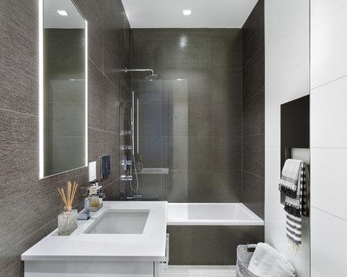 salle d 39 eau moderne avec des carreaux de porcelaine photos et id es d co de salles d 39 eau. Black Bedroom Furniture Sets. Home Design Ideas