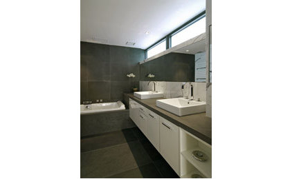 Contemporary Bathroom by Chelsea Atelier Architect, PC
