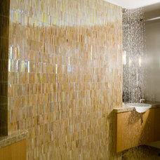 Modern Bathroom by Mark English Architects, AIA