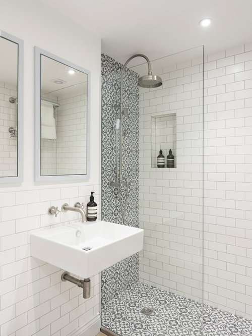 Superieur Inspiration For A Small Contemporary Shower Room In London With A Walk In  Shower,