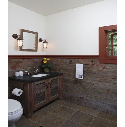 Traditional Bathroom by Hanson General Contracting, Inc.