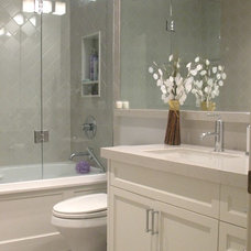 Traditional Bathroom by Stacy McLennan Interiors