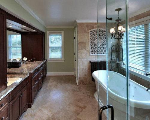 Mediterrane badezimmer mit steinplatten ideen design bilder houzz - Mediterranes badezimmer ...