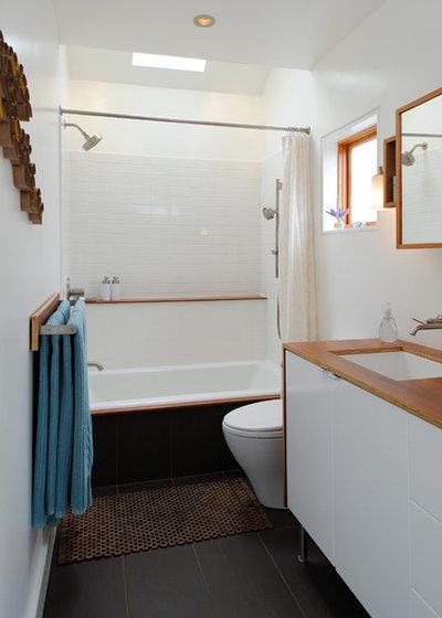 Modern Bathroom by Studio  Zerbey Architecture + Design
