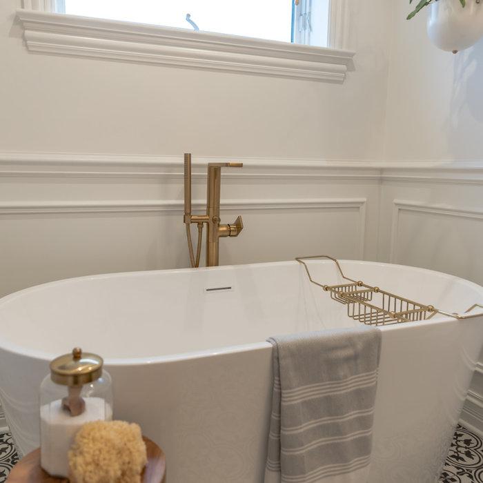 Chicago Modern Farmhouse Bathroom