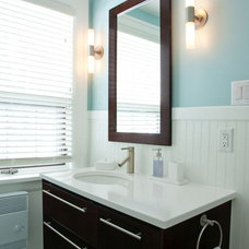 Bathroom by Gateway Kitchen & Bath Centre