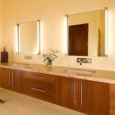 Modern Bathroom by Chimera Interior Design