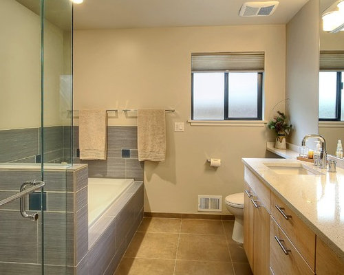 SaveEmail. Best Galley Style Bathroom Design Ideas  amp  Remodel Pictures   Houzz