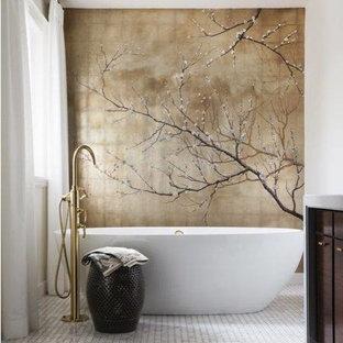 Immagine di una stanza da bagno etnica