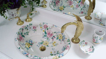 Chintz Fluted Sink with Swan Faucets