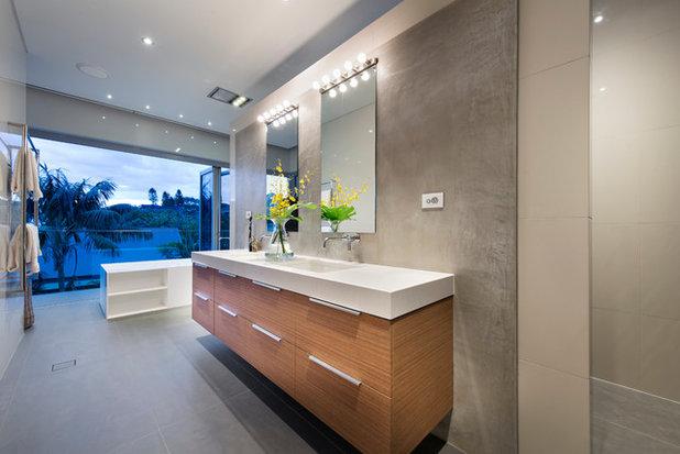 Contemporary Bathroom by Vivendi - Luxury Home Builders
