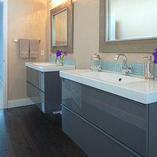 Contemporary Bathroom by Oliver Designs