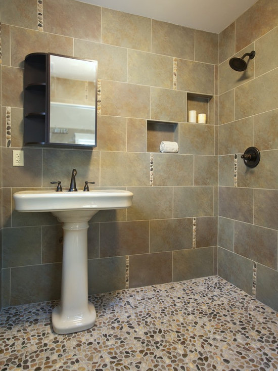 59 Church Small Bathroom Design Photos