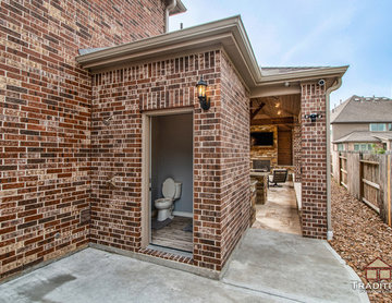Cinco Ranch Covered Patio with Fireplace and Outdoor Kitchen: Katy, TX