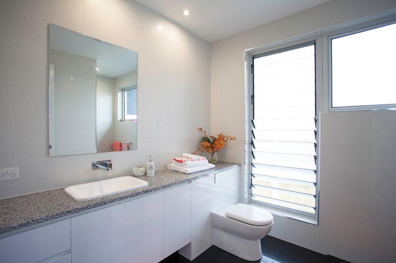 Contemporary Bathroom by Tempus Design Studio Pty Ltd
