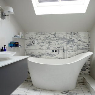 Trendy freestanding bathtub photo in London