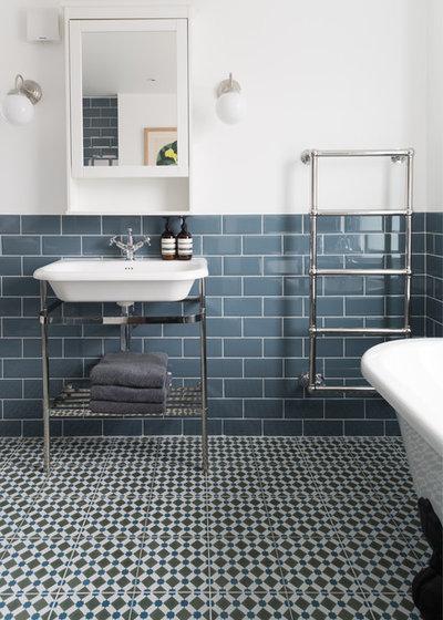 Clásico renovado Cuarto de baño by Paul Craig Photography