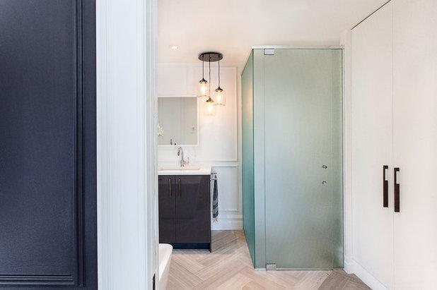 Modern bathroom essential know your options for shower glass for Martin craig bathroom design studio