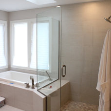 Transitional Bathroom by Lincorp Construction and Remodeling
