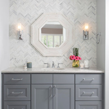 Classic and sophisticated guest bathroom